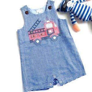 Mudpie NWOT Boys Chambray Fire Truck Shortall